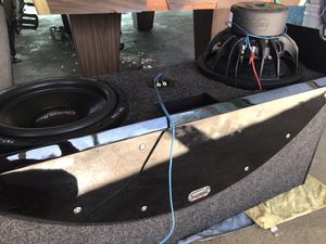 """American bass subs 2 """"12"""" with box and amp Hifonics 2400 Watts for Sale in Tempe, AZ"""