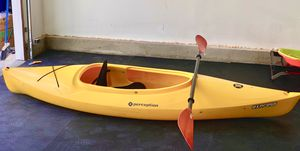 Kayak Perception 9.5 with paddle for Sale in San Diego, CA