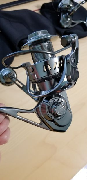 Full CNC T6061 Aluminum spinning reel. 5 carbon 66lbs drag system will let you easily drag out lunker snook, grouper, wreck fish from structure. for Sale in Largo, FL