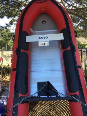 Inflatable Boat 12.5ft with Aluminum Floor 6 Person Raft Fishing Boat - $950 (Kent) for Sale in Bellevue, WA