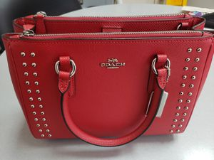 Coach MINI SURREY CARRYALL WITH RIVETS for Sale in West Covina, CA