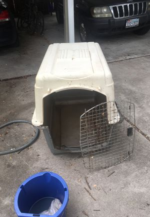 Pet cage for Sale in Austin, TX