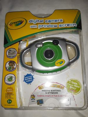 Crayola digital camera with preview screen for Sale in Tampa, FL