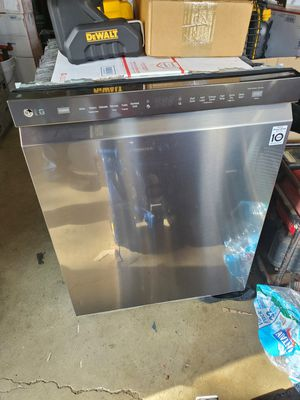 Lg dishwasher for Sale in Columbus, OH