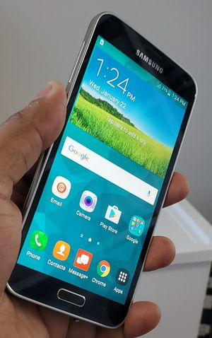 Samsung galaxy s5 at&t FACTORY UNLOCKED LikE NeW !!!! for Sale in VA, US