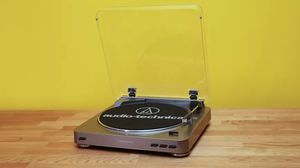 Audio Technica AT-LP60 Fully Automatic Stereo Turntable System for Sale in Bellevue, WA