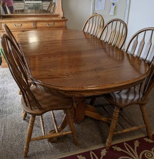 Oak table and matching hutch for Sale in Battle Creek, MI