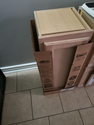 2 kitchen cabinets for sale brand new for Sale in Chicago, IL