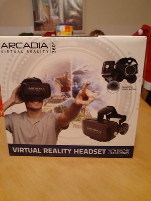 Virtual reality headset for Sale in Kissimmee, FL