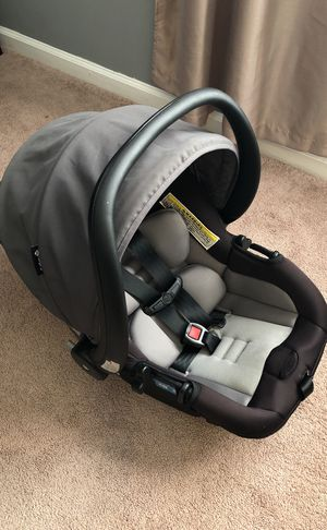 Infant car seat with base for Sale in Asheville, NC