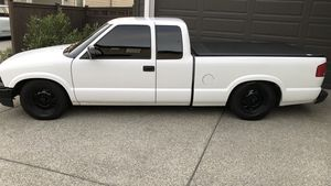 2003 Chevy S10 for Sale in Auburn, WA