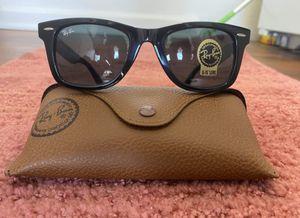 Brand New Authentic Wayfarer Sunglasses for Sale in Las Vegas, NV