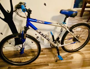 Trek Mountain bike for Sale in Hollywood, FL