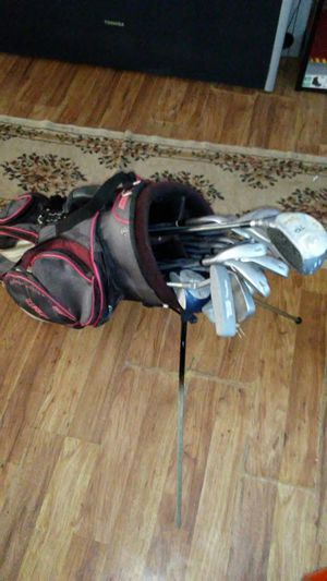 Golf clubs and bag for Sale in Detroit, MI