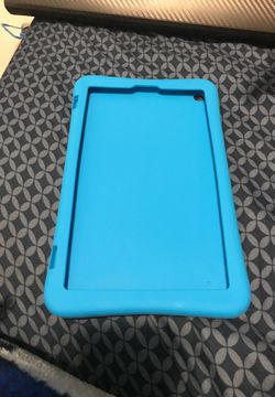 Amazon fire tablet case 8in for Sale in San Diego,  CA