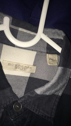 Black/ white burberry flannel for Sale in Antioch, CA