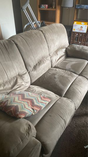 COUCH MUST GO TODAY for Sale in Columbus, OH