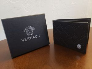 Men's wallets for Sale in Hialeah, FL