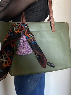 Fossil Tote Bag Green for Sale in Houston,  TX