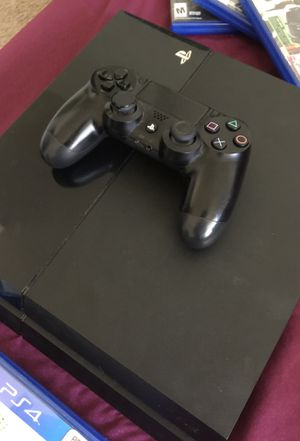 PS4 500 GB With 6 Games + One Controller for Sale in Silver Spring, MD