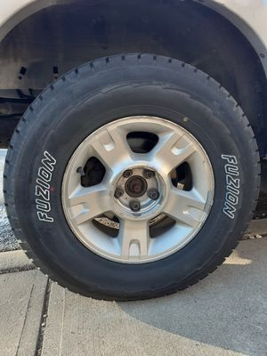 Truck tires for Sale in Ludlow, KY