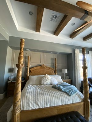 4 poster bed frame for Sale in Phoenix, AZ