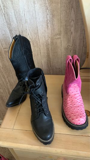 Women's boots for Sale in Aurora, CO