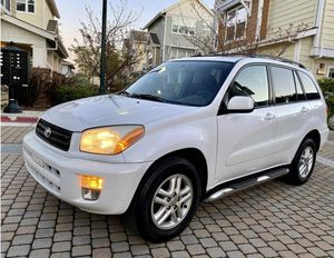 Perfectlyy2OO2 Toyota RAV4 AWDWheelsCleanTitle for Sale in Syracuse, NY