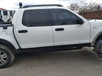 07 Ford Sport Trac ..ranger..nissan..parts for Sale in Las Vegas,  NV