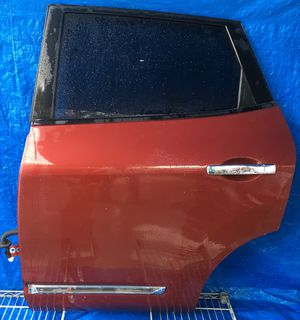 2011 - 2015 NISSAN ROGUE REAR LEFT DRIVER SIDE DOOR MAROON RED for Sale in Fort Lauderdale, FL