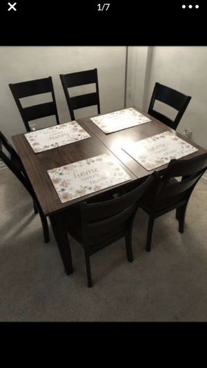 Dining room table set for Sale in Falls Church, VA