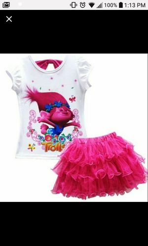 *NEW *2T Trolls Boutique set Pink (2 available) for Sale in Wake Forest, NC