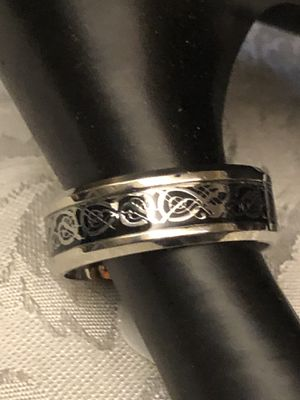 Men's /Woman's Silver Etched 8mm Ring. Sz 12. for Sale in Raleigh, NC