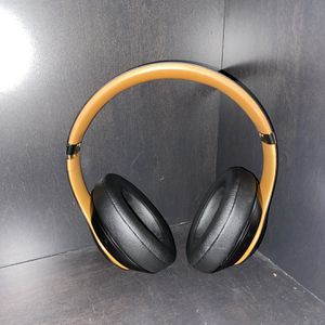 Beats Studio 3 Wireless for Sale in Sterling Heights, MI