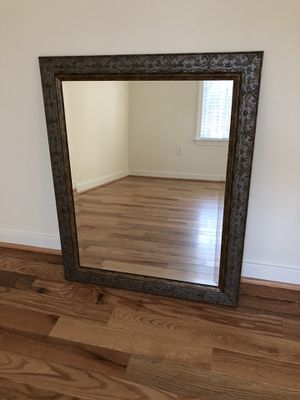 Wall mirror for Sale in Disputanta, VA