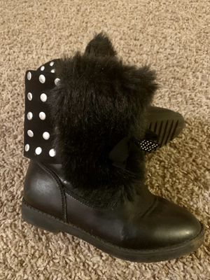 Girl boots shoes size 10 11 12 for Sale in Nashville, TN