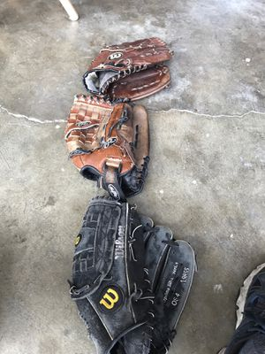 Softball gloves for Sale in Fremont, CA