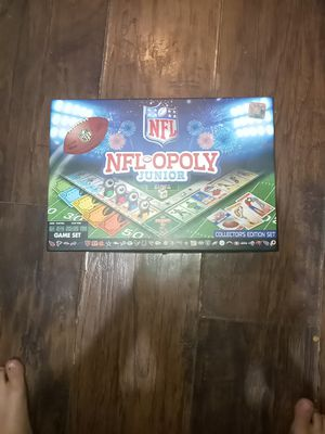 NFL monopoly with all pices for Sale in Irwindale, CA