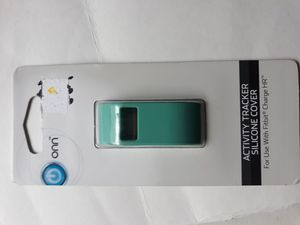 New Fitbit charge HR silicone case cover for Sale in Lancaster, OH
