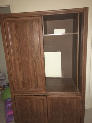 Entertainment center FREE FREE FREE for Sale in Ballinger, TX