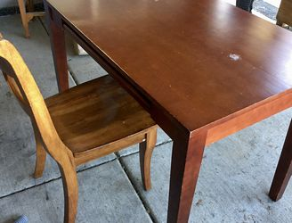 Desk And Chair for Sale in Battle Ground,  WA