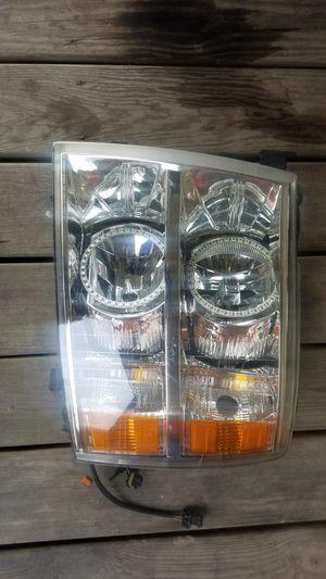 2013 silverado headlight for Sale in Houston, TX