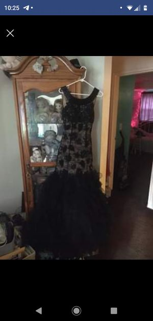 Dress by Jovani - size 6 for Sale in Glassboro, NJ