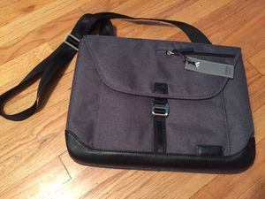 Brenthaven Collins Sleeve Plus - notebook carrying case Apple MacBook iPad for Sale in Seattle, WA