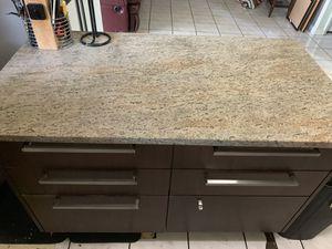 Kitchen Counter Island for Sale in Miami, FL