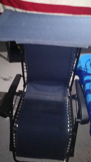 You laid back lawn chair or just to sit up chair such a cup in it original price is like 199 209 could be yours today for $50 for Sale in Columbus, OH