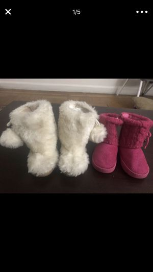 Baby girl boots size 7 for Sale in The Bronx, NY