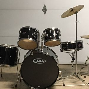 PDP Z5 Drum Set w/ Sticks and Practice Pads for Sale in Los Gatos, CA