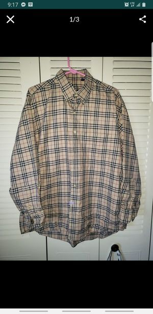 Burberry long sleeves size XL for Sale in Milwaukee, WI