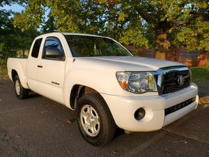 2007 Toyota Tacoma - 4 Cylinder - Auto for Sale in Wood Village, OR